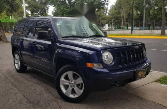 Jeep Patriot 4x2 aut a/ac ba abs R-17 2.4L 4 Cil.