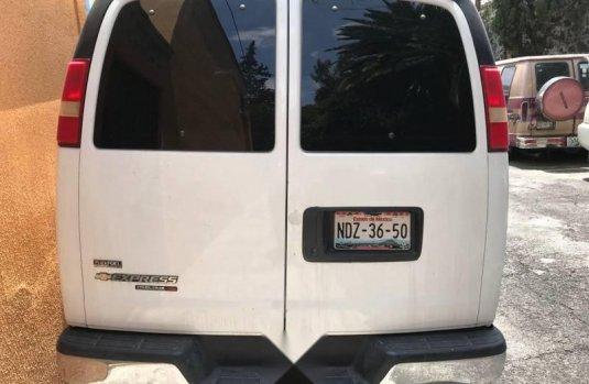 Express Van (AWD)