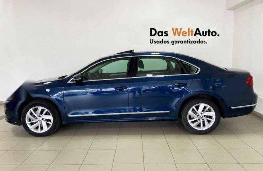 Volkswagen Passat 2018 4p Highline L5/2.5 Aut