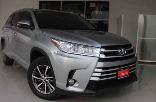 Toyota Highlander 2017 5p XLE V6/3.5 Aut
