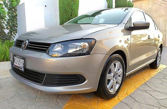 VW VENTO ACTIVE 5VEL FACT. AGENCIA VW