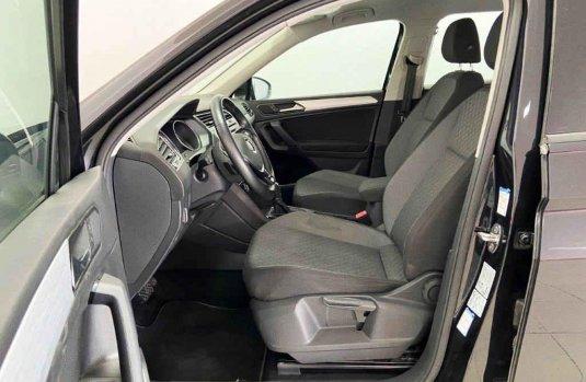 Volkswagen Tiguan 2019 5p Trendline Plus 1.4 L4/1.4/T Aut.
