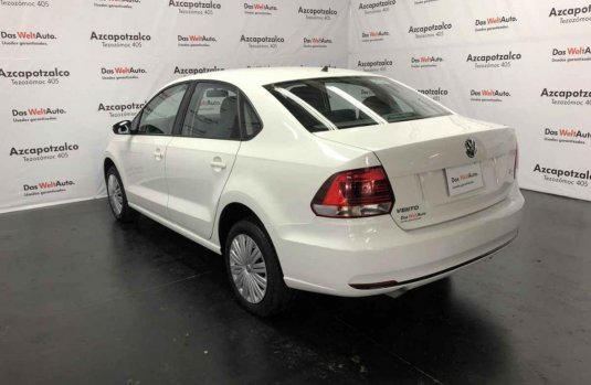 Volkswagen Vento 2020 4p Starline L4/1.6 Aut.