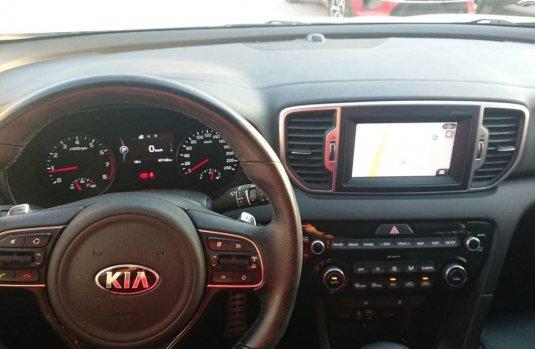 Kia Sportage Facturamos a su nombre