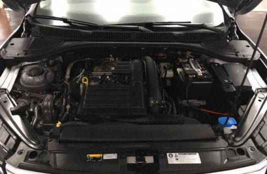 Volkswagen Jetta 2019 4p Trendline L4/1.4/T Man.