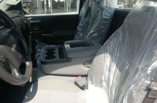 Chevrolet Silverado 2017 2p Cab Regular V6/4.3 Aut A/A CD.