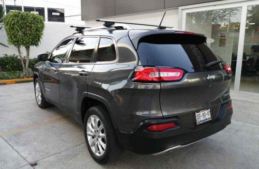 Jeep Cherokee 2015 5p Limited Premium 4x2 L4/2.4 Aut.