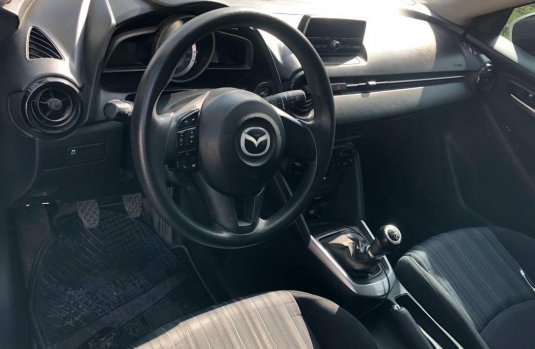 Se vende Mazda 2 HatchBack