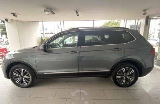 Volkswagen Tiguan 2019 5p Comfortline L4/1.4/T Aut