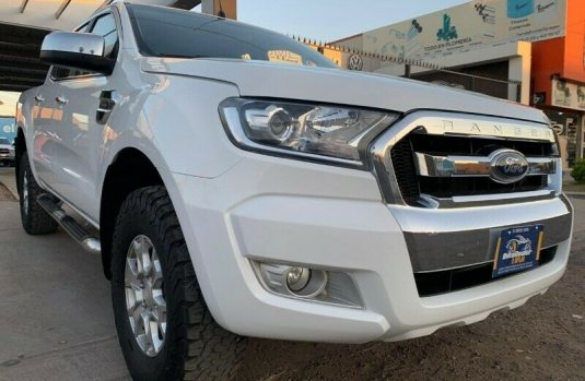 FORD RANGER DOBLE CAB XLT 4 CIL 2017
