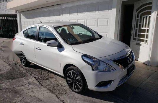 Nissan Versa 2019 Exclusive Navi. Piel. Automatico. A/A.