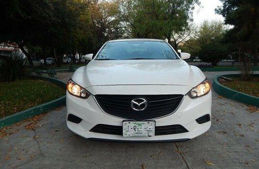 Mazda 6 I SPORT 2014, Blanco Aperlado Brillante, 4 puertas Automático, Impecable x Garantía extendida