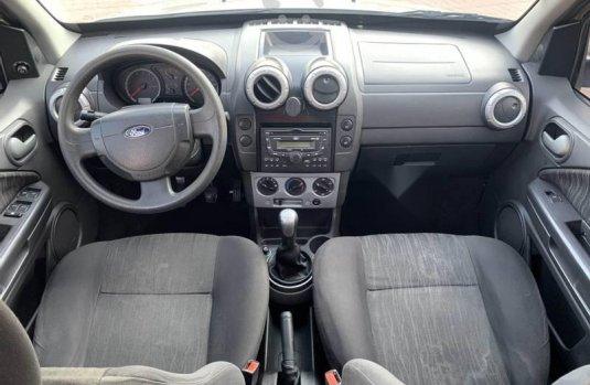 Ford ecosport STD equipada