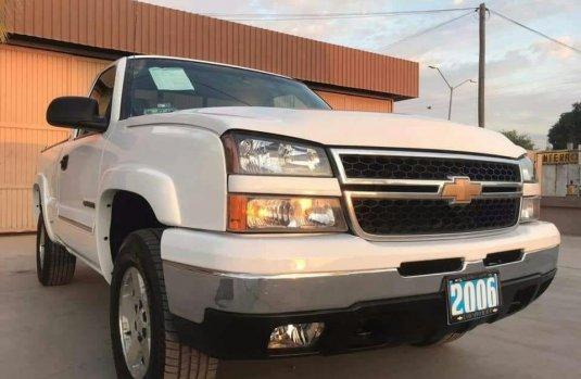 Chevrolet Cheyenne Blanco