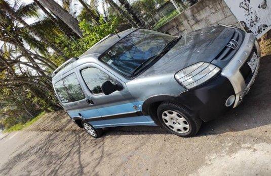 Vendí mi Peugeot Partner Gran Raid Maya