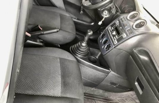 Ford Fiesta Ikon 2013 hatchback