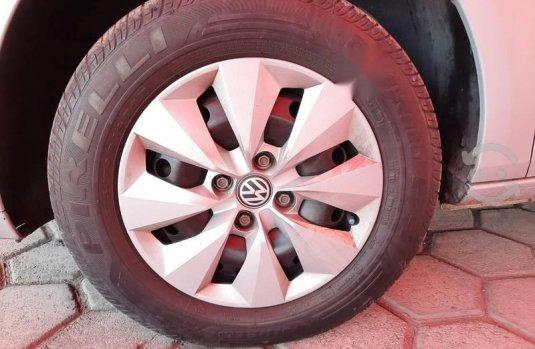 Volkswagen Gol Trendline Sedan 2014