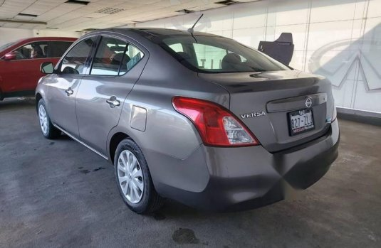 Nissan Versa 2014 1.6 Sense At