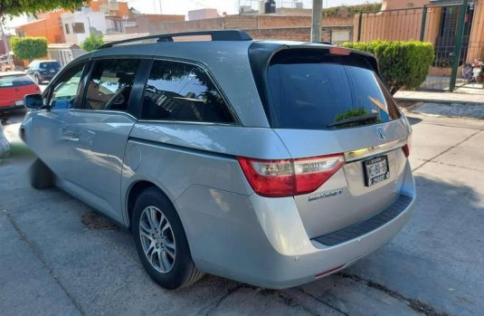 Honda Odyssey equipada 2011 IMPECABLE