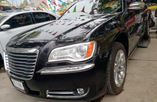 Chrysler 300C 2012 Negro