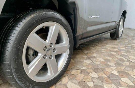 Jeep compass limited awd navi extremadamente nueva