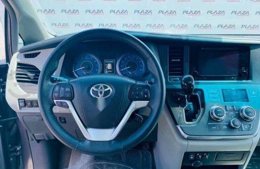 Toyota Sienna 2017 3.5 Xle Piel At