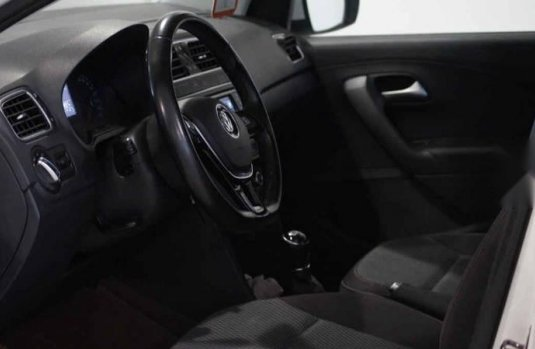 Volkswagen Vento 2020 4p Comfortline Plus Std.