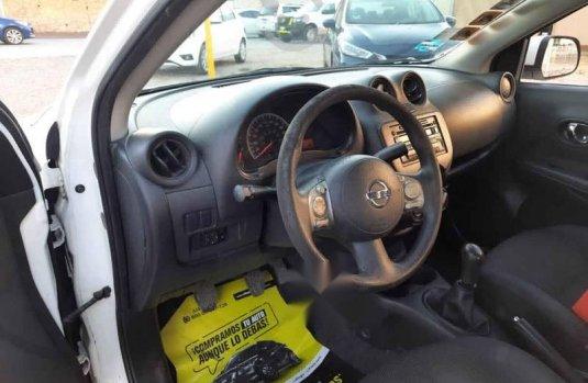 Nissan Versa 2013 4p Sense 5vel