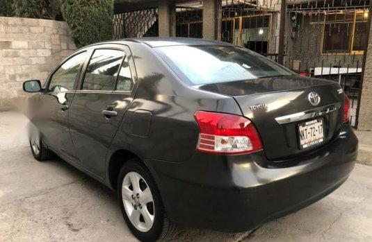 Toyota yaris 1.5 premium sedan