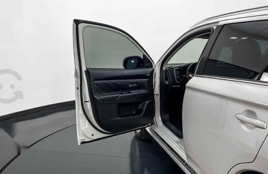 28784 - Mitsubishi Outlander 2019 Con Garantía At
