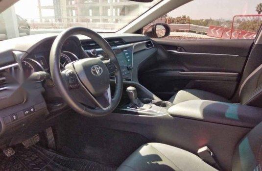 Toyota Camry 2018 4p SE L4/2.5 Aut