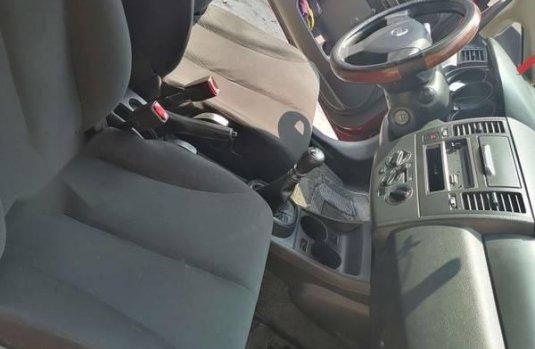 Nissan TIIDA 2011 4 Puertas Sedan 1.8L