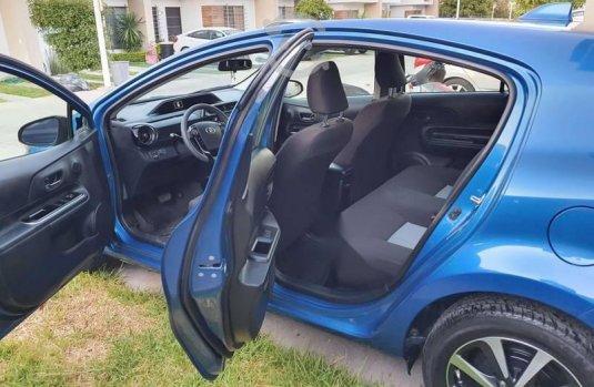 Prius C Hatchback 2019 Azul