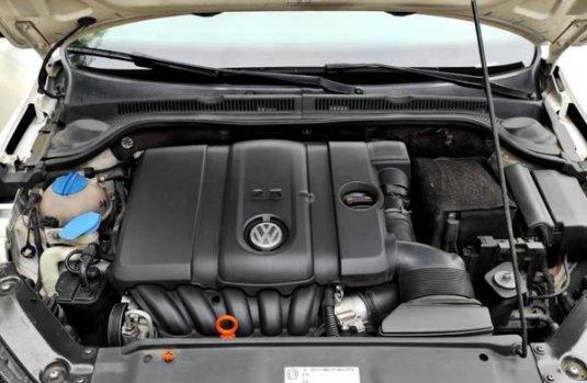 Volks Wagen Jetta 2012
