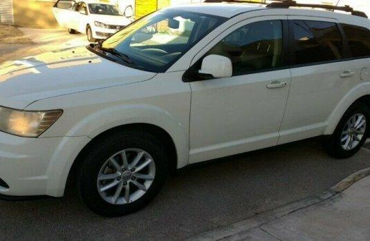 Camioneta Dodge Journey SXT 2013