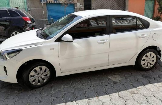 Se pone en venta Kia Rio L 2020