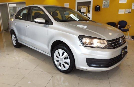 Pongo a la venta cuanto antes posible un Volkswagen Vento en excelente condicción