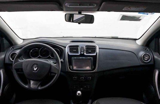 Pongo a la venta cuanto antes posible un Renault Logan en excelente condicción