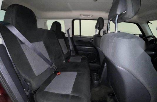 Pongo a la venta cuanto antes posible un Jeep Patriot en excelente condicción