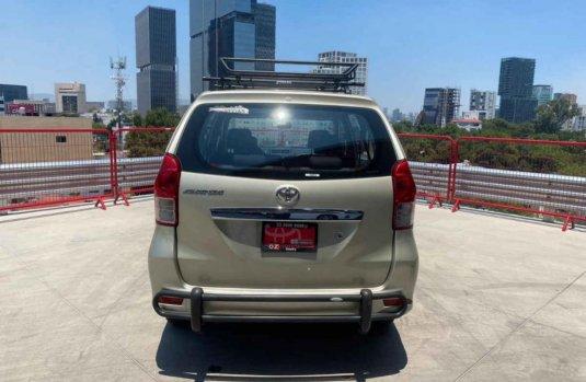 Toyota Avanza Premium 2013 usado en Guadalajara