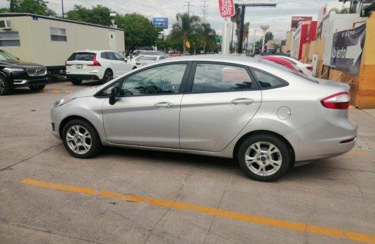 Ford Fiesta 2016 barato en León