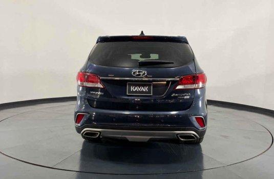 Hyundai Santa Fe 2018 en buena condicción