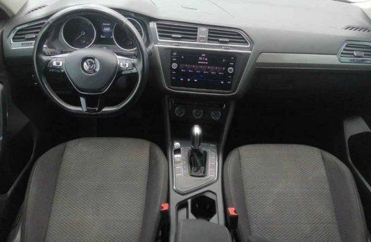Volkswagen Tiguan 2018 5p Confortline L4/1.4/T