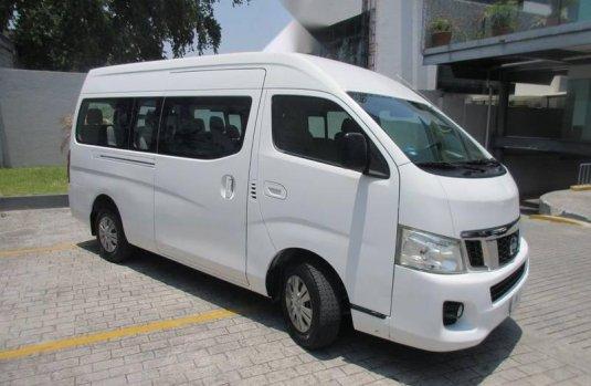 Nissan Urvan 2015 2.5 Amplia 15 Pasajeros Mt