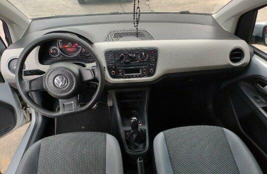 Volkswagen Up! 2017 barato en Zapopan