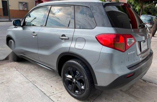Auto Suzuki Vitara Turbo 2017 de único dueño en buen estado