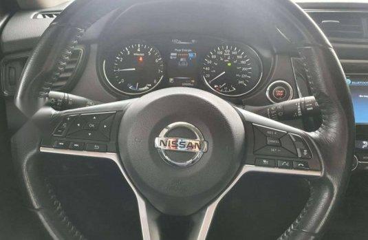 Nissan X-Trail 2019 en buena condicción
