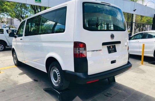 Se vende urgemente Volkswagen Transporter Pasajeros 2015 en Guadalajara
