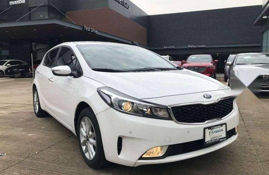 Kia Forte EX Hatchback 2018
