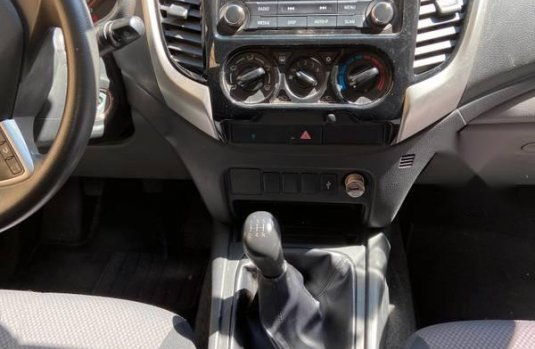 Pickup Mitsubishi L200 2017 con 41000 km 4x2